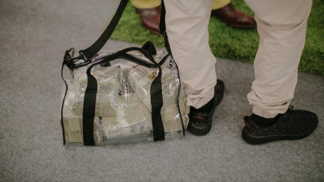THIS GUY CARRIED $1 MILLION IN A BAG AND CALLED IT ART